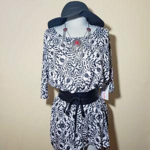 NWT LuLaRoe Irma Geometic Shape Shirt